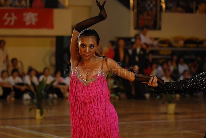 Ressortissant de danse de norme internationale de la Chine Nan-Tchang de posture ouvert images stock