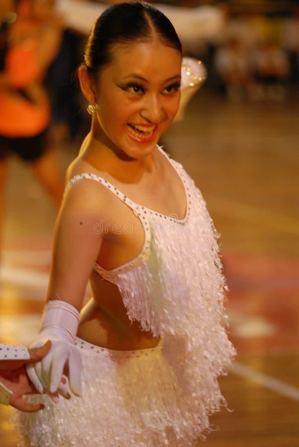 Ressortissant doux de danse de norme internationale de la sourire-Chine Nan-Tchang ouvert photo libre de droits