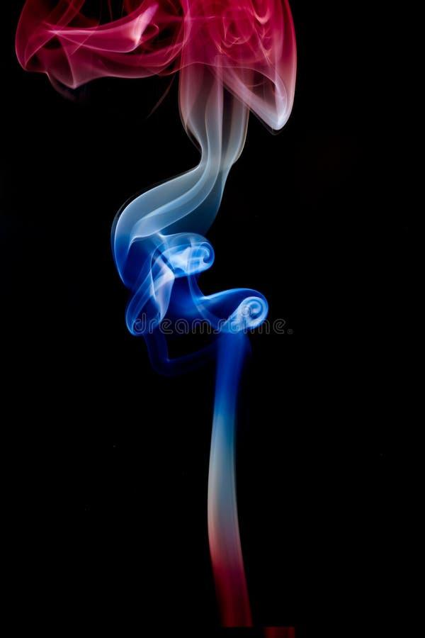 Ressources graphiques de fond noir de texture de fumée avec le drapeau de couleurs de la Thaïlande illustration stock