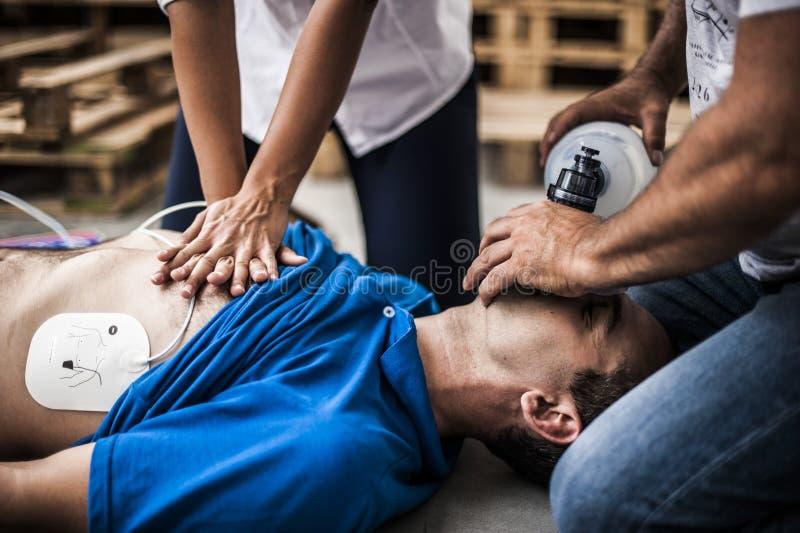 Ressuscitation cardio-pulmonaire photographie stock libre de droits