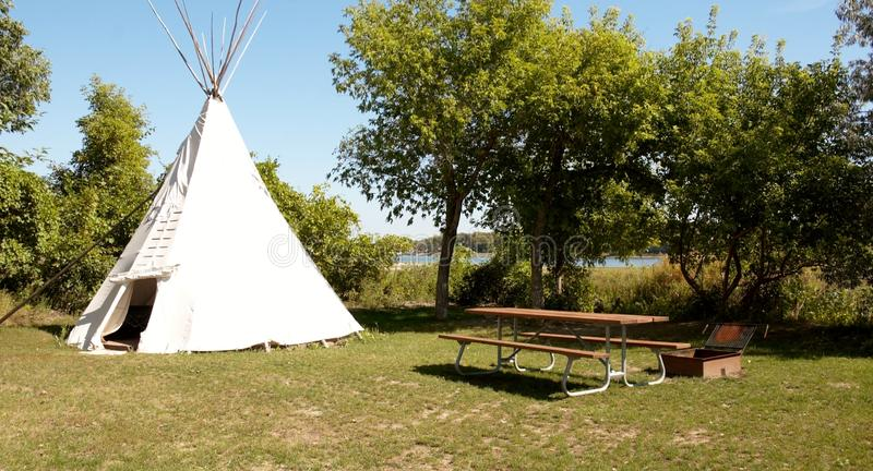Rest area,native americans teepee. Indian style of rest area you can meet in North Dakota nearby Bismarck river stock images
