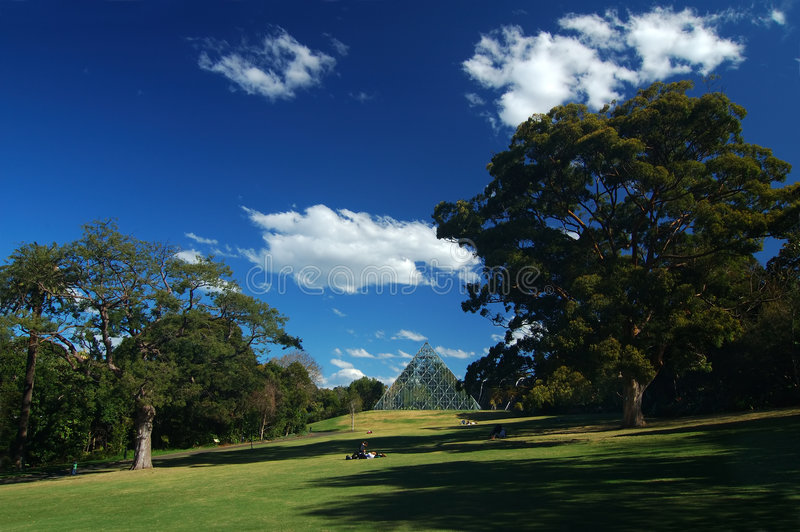 Download Rest In The Royal Botanic Garden Royalty Free Stock Image - Image: 318866