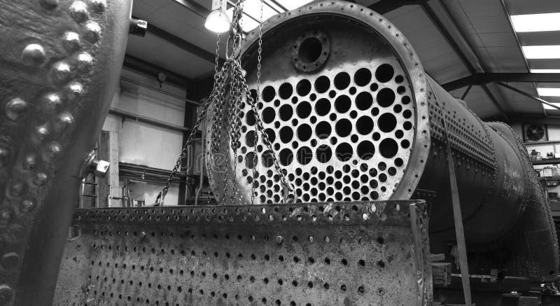 Restauração da caldeira locomotiva de vapor foto de stock royalty free