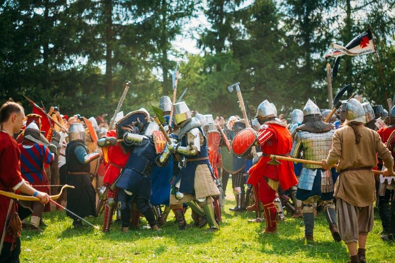 Restauração histórica de lutas cavalheirescos sobre fotos de stock royalty free