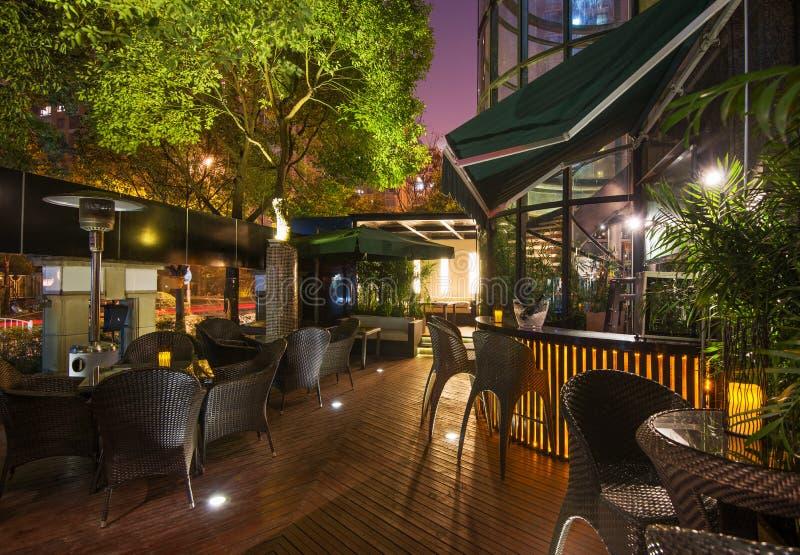 Download Restauracja zdjęcie stock. Obraz złożonej z salowy, luksusowy - 28966146