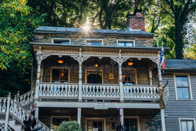 Restauracja wzdłuż głownej ulicy w harfiarza promu, Zachodnia Virginia zdjęcia stock
