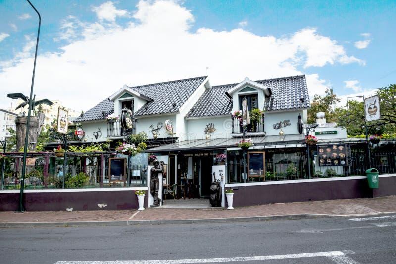 Restauracja z grać w golfa temat w Lido terenie Funchal zdjęcie royalty free
