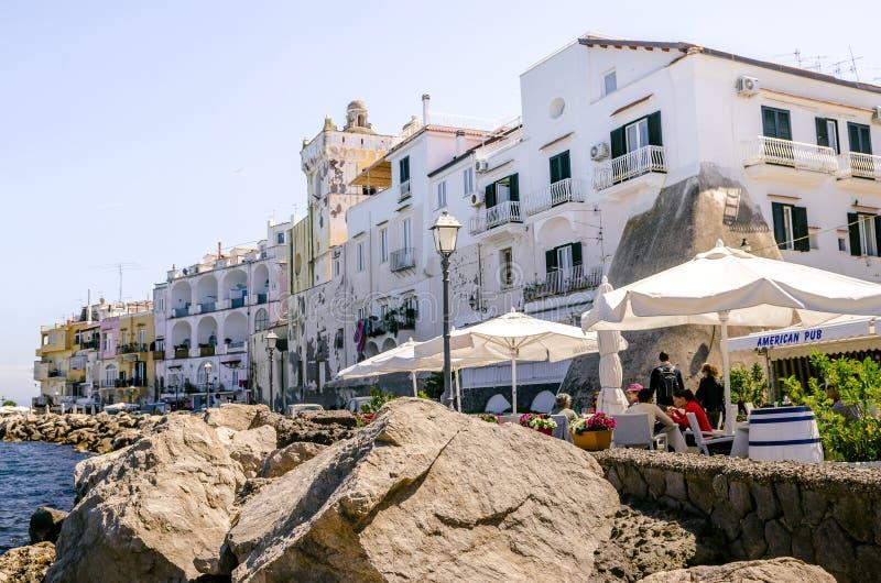 Restauracje na morzu w Ischia zdjęcia royalty free