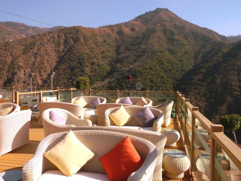 Restaurang i Himalayas arkivfoto