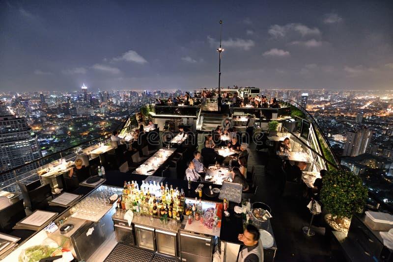Restaurang på taket, Bangkok arkivfoto