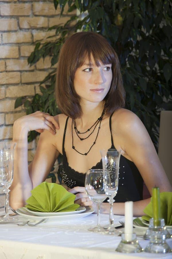 restaurangkvinna royaltyfri foto