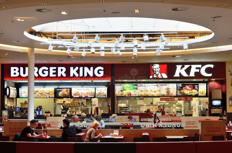 Restaurant d'aliments de préparation rapide de KFC Burger King photos stock