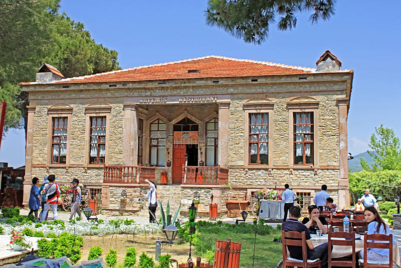 Restaurant d'Artemis dans Sirince, province d'Ä°zmir, Turquie photographie stock