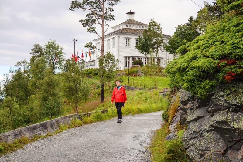 """Restaurant de Bergen, de la Norvège, de """"Floyen Folkerestaurant """"et centre de touristes Montagne de Floyen photo stock"""