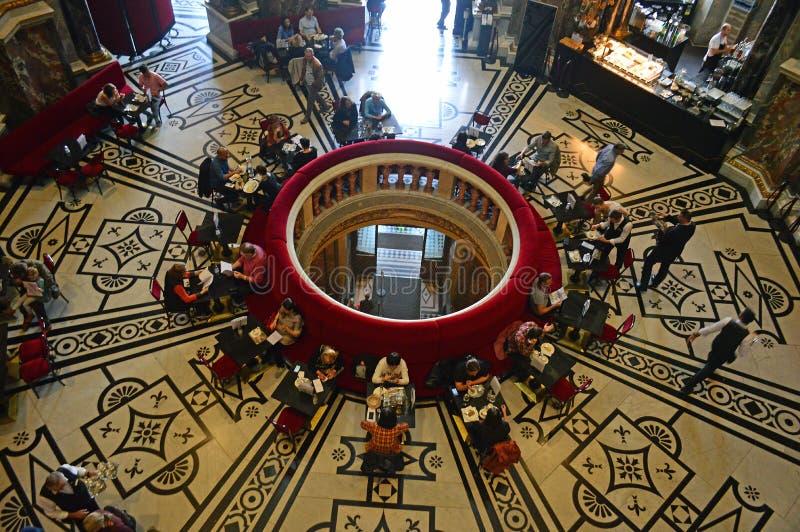 Restaurant de café de Vienne de musée de Kunsthistorisches images stock