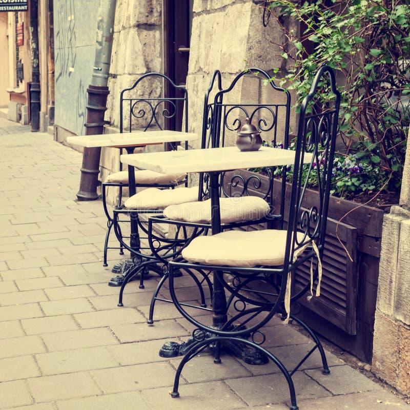 Restaurant der Weinlese im Freien stockbild