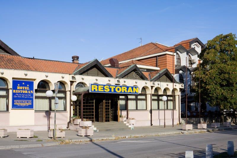 Restaurant en hotel 'palas van Novi in Krusevac stock afbeelding