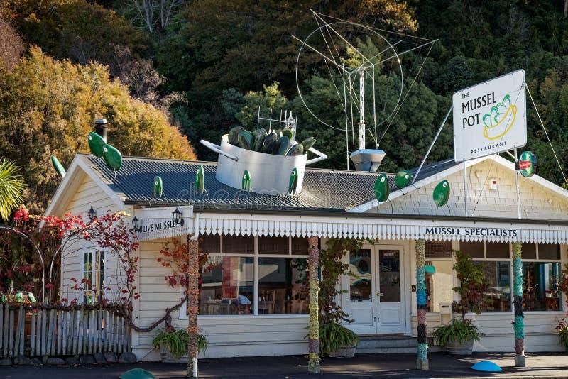 Restaurant für grün-lippige Miesmuschelteller, Havelock, Marlborough klingt, Neuseeland lizenzfreie stockbilder