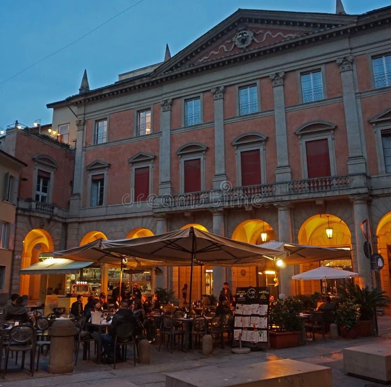 Restaurant italien typique, Bologna images stock