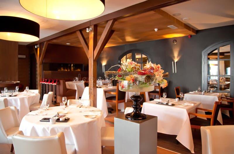 Restaurant in klassieke stijl stock foto