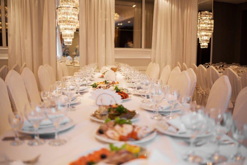 Restaurant luxueux image stock