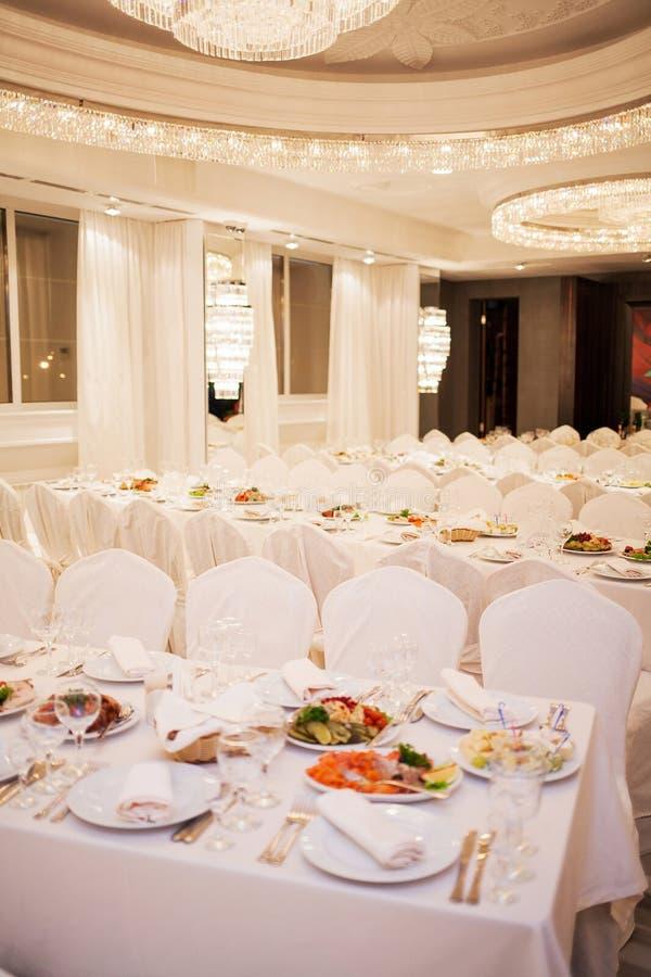 Restaurant luxueux photographie stock libre de droits