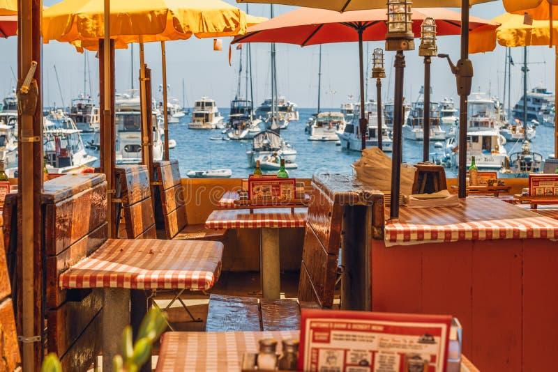 Restaurant mit Meerblick, Avalon, Catalina Island, CA lizenzfreie stockfotos