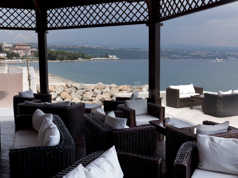 Restaurant Opatija Croatie de plage images stock