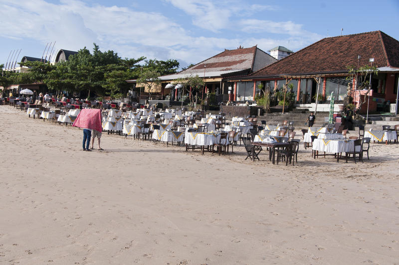Restaurant sur la plage photographie stock