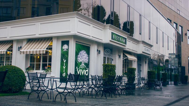 Restaurant With Tables And Chairs Outside Free Public Domain Cc0 Image