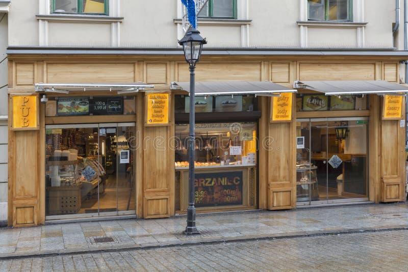 Restaurant und Kneipe in alter Stadt Krakaus, Polen stockbilder
