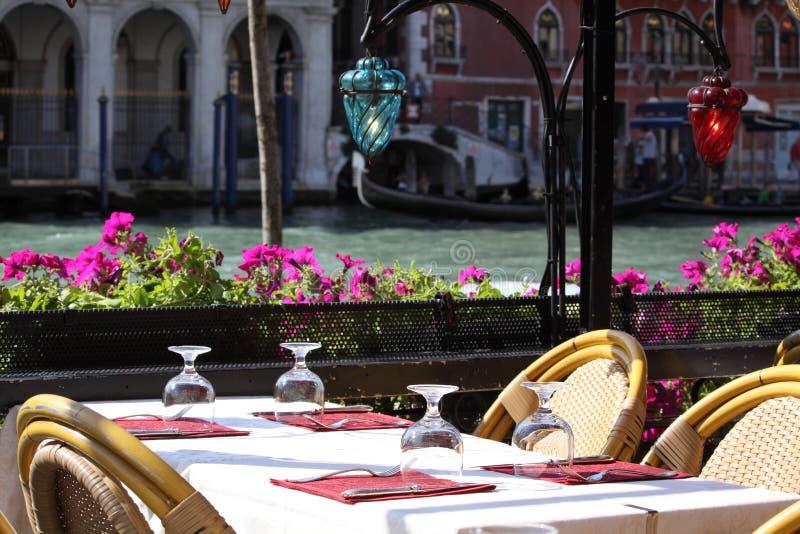 Restaurant in Venedig stockbilder