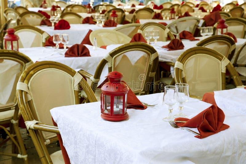 Restaurante ao ar livre, France fotos de stock royalty free