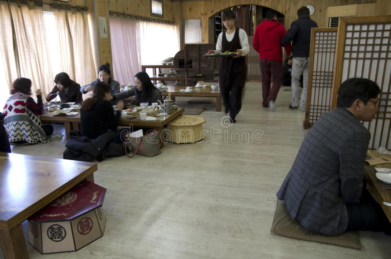 Restaurante coreano típico foto de archivo