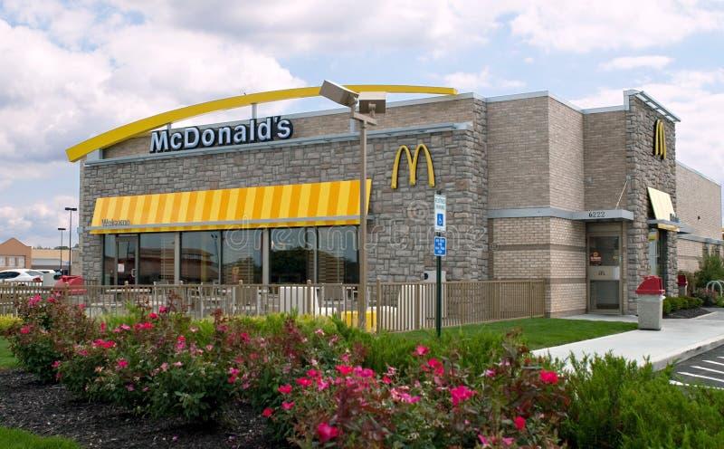 Restaurante de McDonald's imagen de archivo