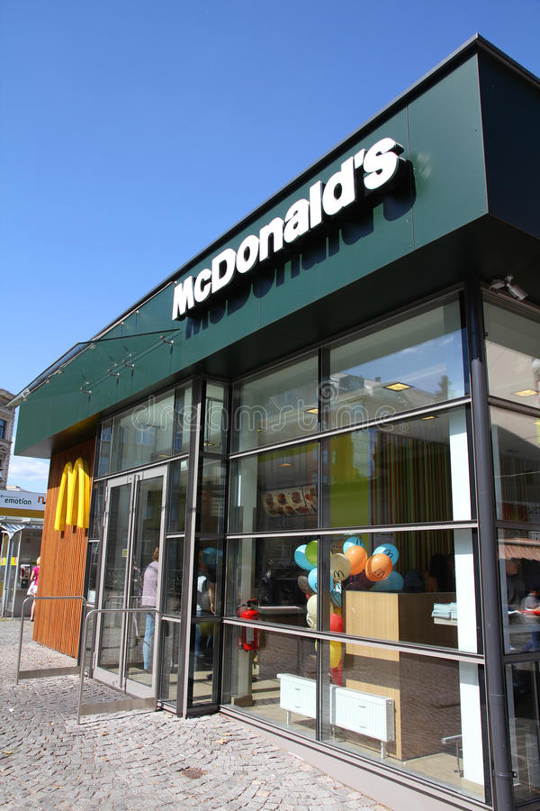 Restaurante de McDonalds imagenes de archivo