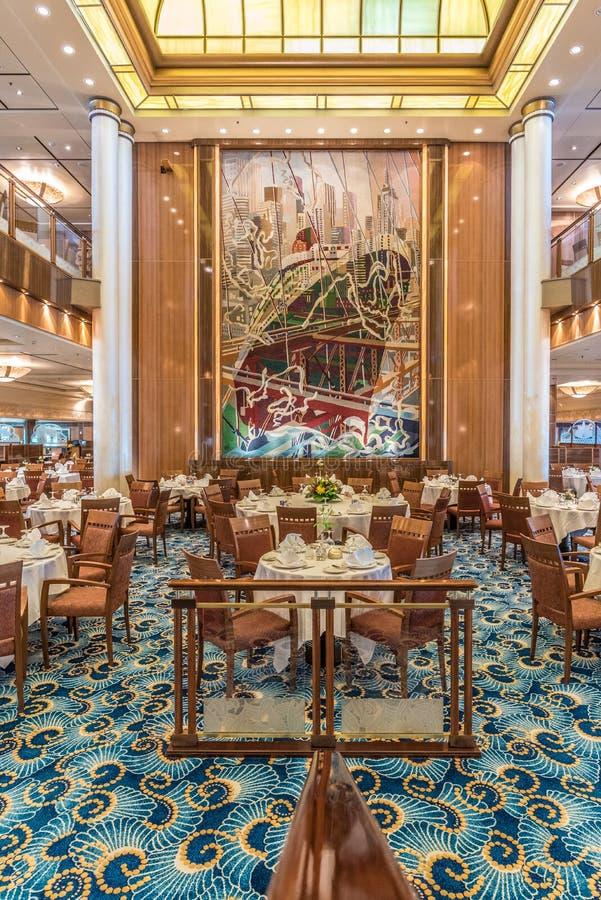 Restaurante de Queen Mary 2 Britannia imagen de archivo