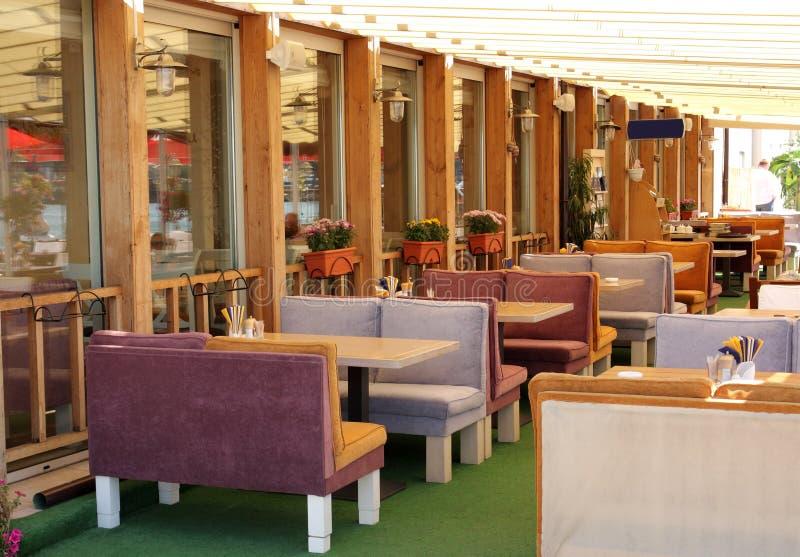 Restaurante del aire abierto fotos de archivo libres de regalías