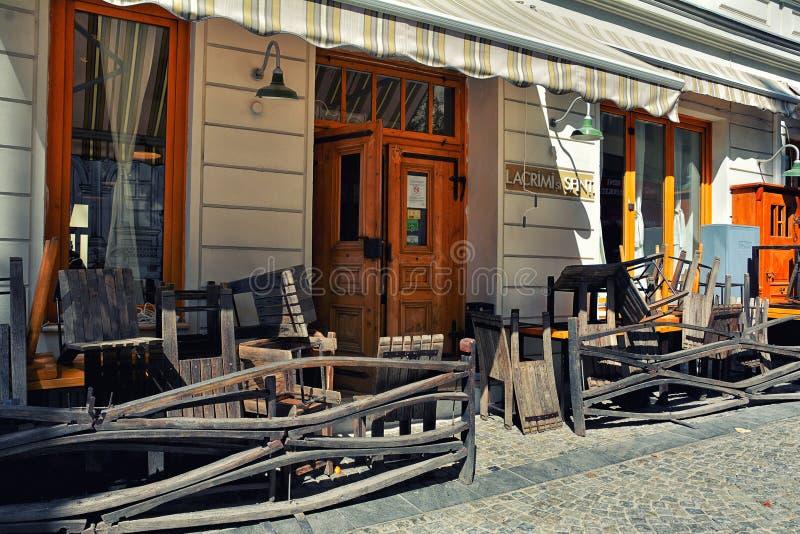 Download Restaurante Del ` De Los Rasgones Y De Los Santos Del `, Bucarest Fotografía editorial - Imagen de alto, alimento: 100528647