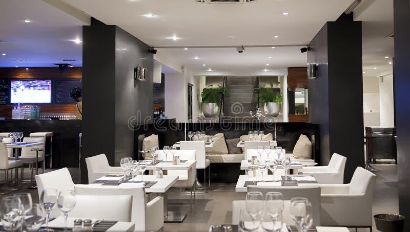 Restaurante del vino blanco foto de archivo libre de regalías