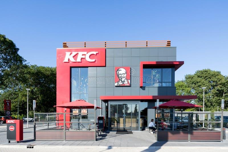 Restaurante do fast food de KFC em Spijkenisse, os Países Baixos imagens de stock
