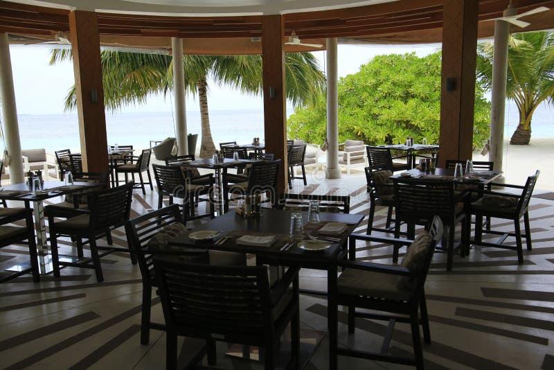 Restaurante em uma ilha tropical do paraíso fotografia de stock royalty free