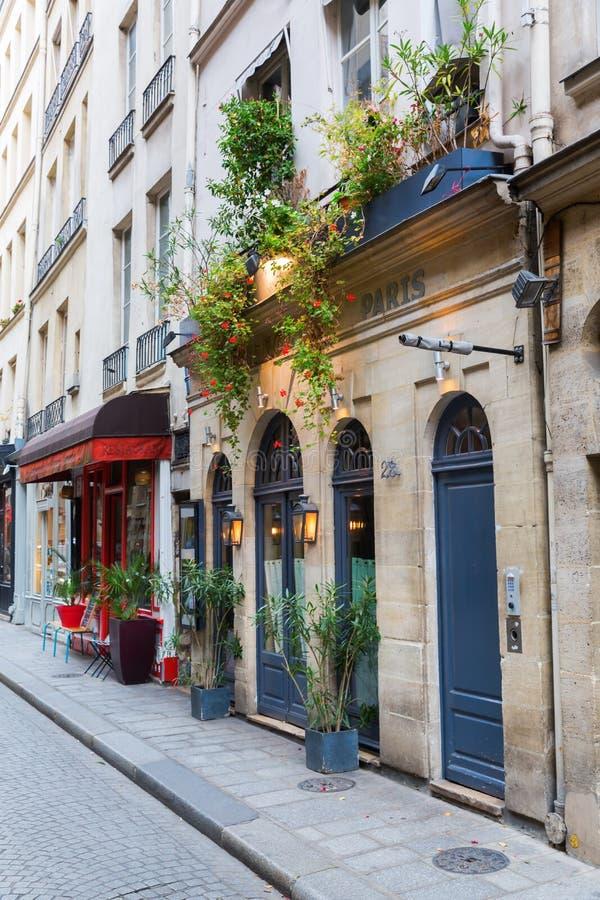 Restaurante en el Saint Louis de Ile, París, Francia foto de archivo libre de regalías