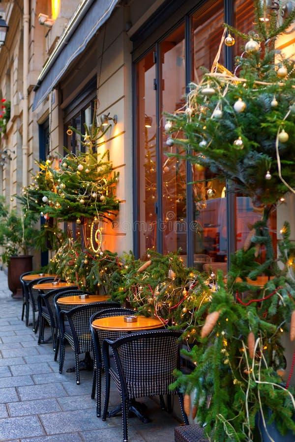 Restaurante francês perto do Natal foto de stock royalty free