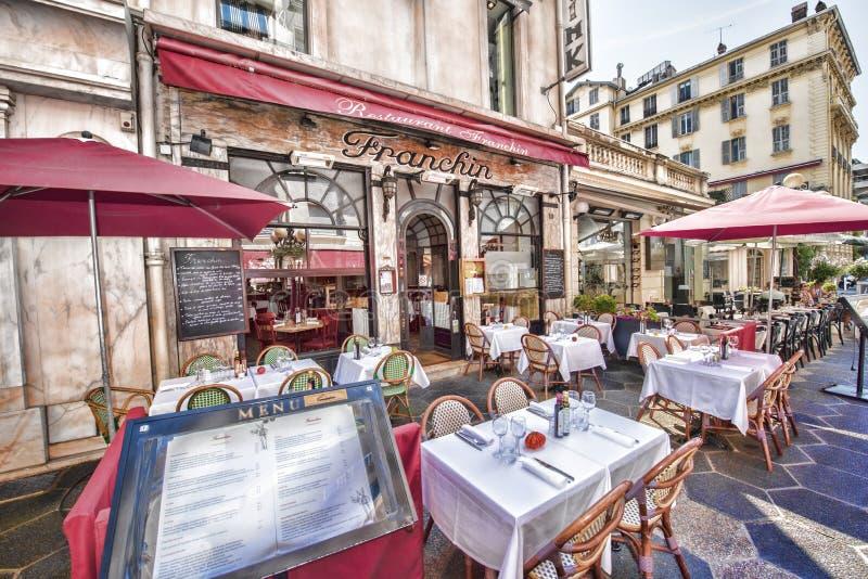 Restaurante francês, Vieux agradável, França imagem de stock royalty free