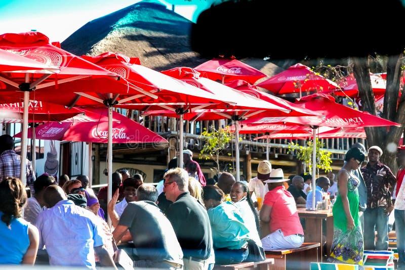 Restaurante fuera de la casa del ` s de Nelson Mandela en cerda de la calle de Vilakazi imágenes de archivo libres de regalías