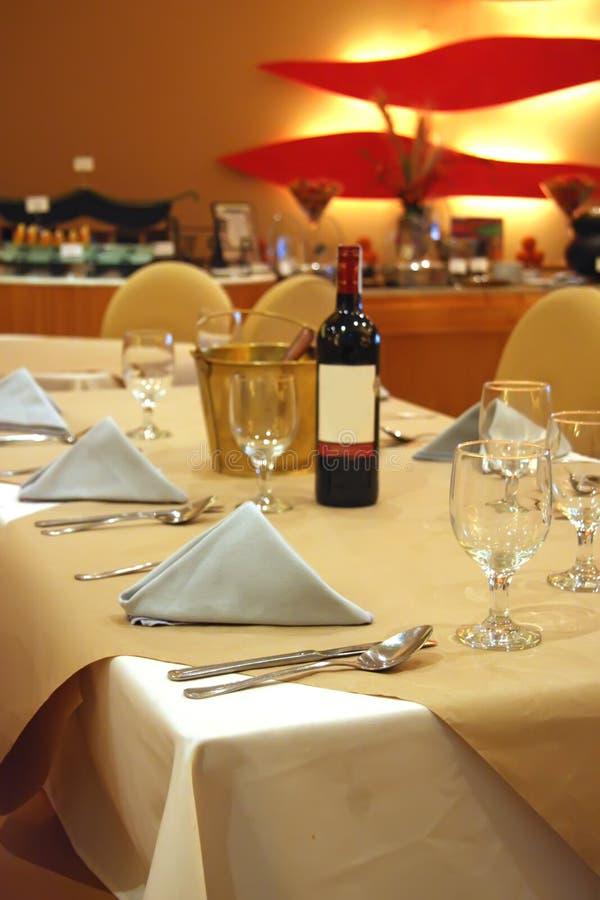 Restaurante luxuoso contemporâneo imagem de stock