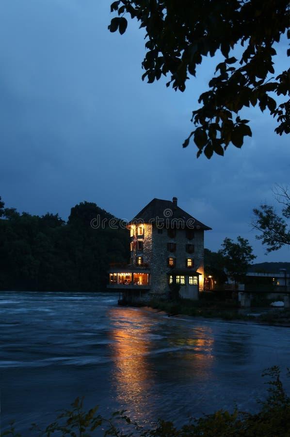 Download Restaurante no rio foto de stock. Imagem de customhouse - 26508002