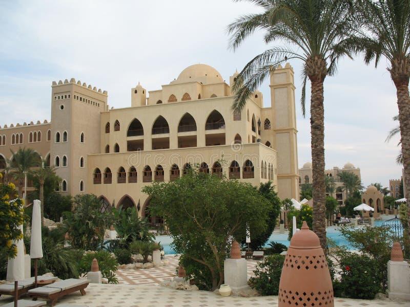 Restaurante, piscina, hotel foto de archivo libre de regalías