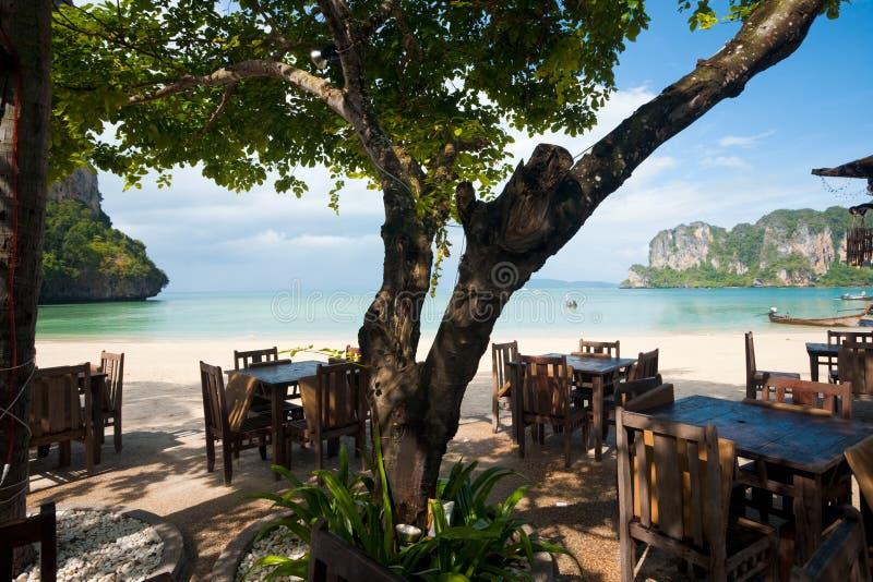 Restaurante Railay da praia do ar aberto fotografia de stock royalty free